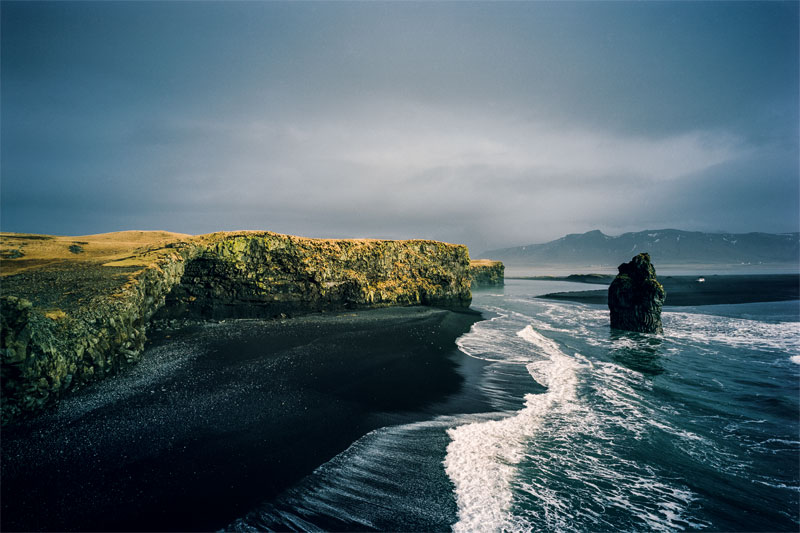 Kap Dyrhólaey an der Südküste Islands; Ollertz_01 (Seite 8) © Heike Ollertz / Agentur Focus