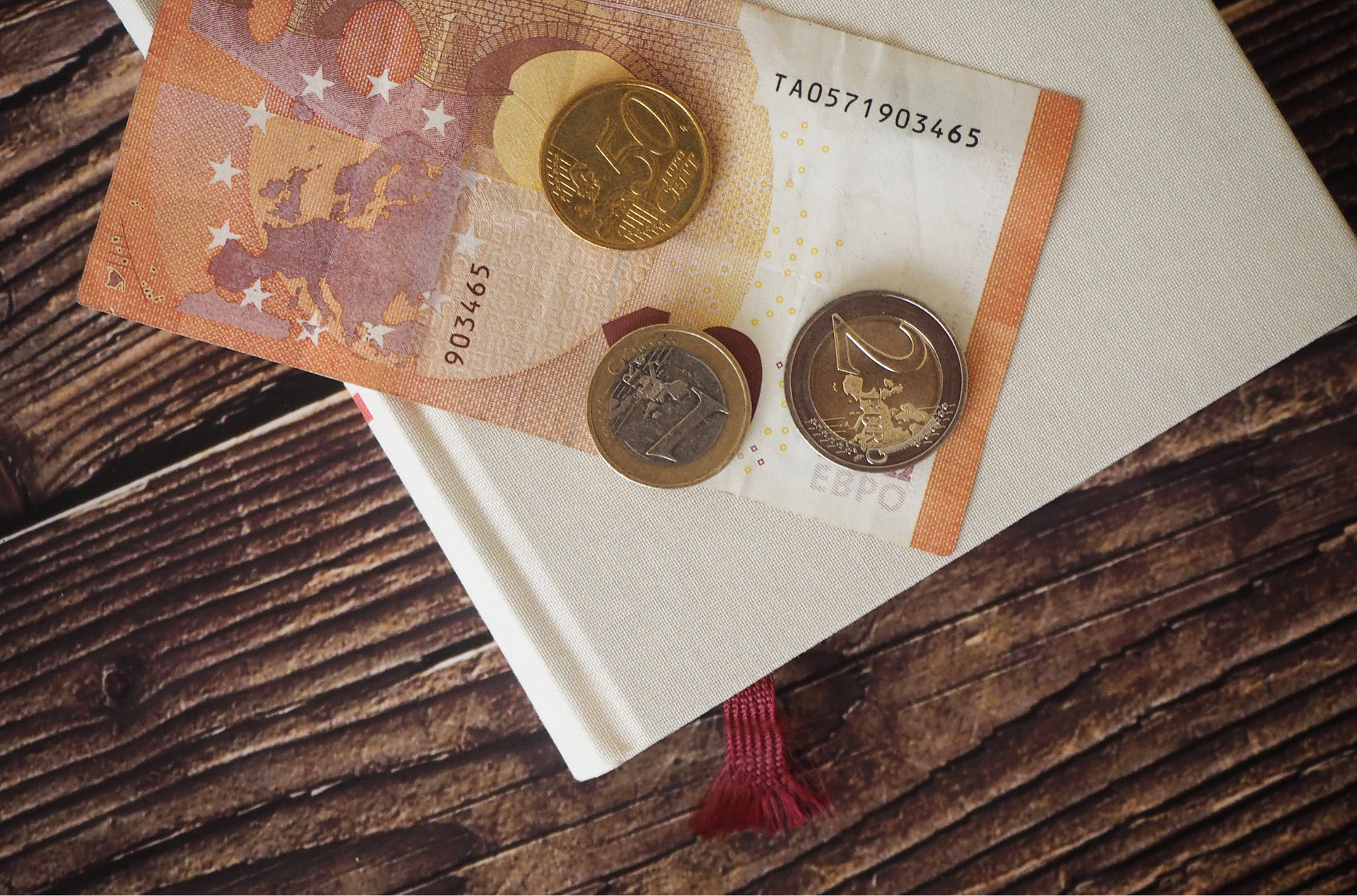 So schummeln die Verlage: So viel Buch pro Euro gibt es wirklich